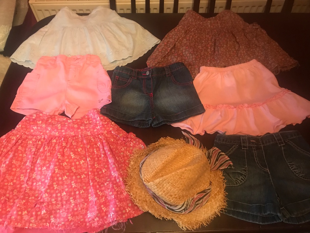 Girls Summer Bundle Of Girls Clothes age 3-4, 8 items