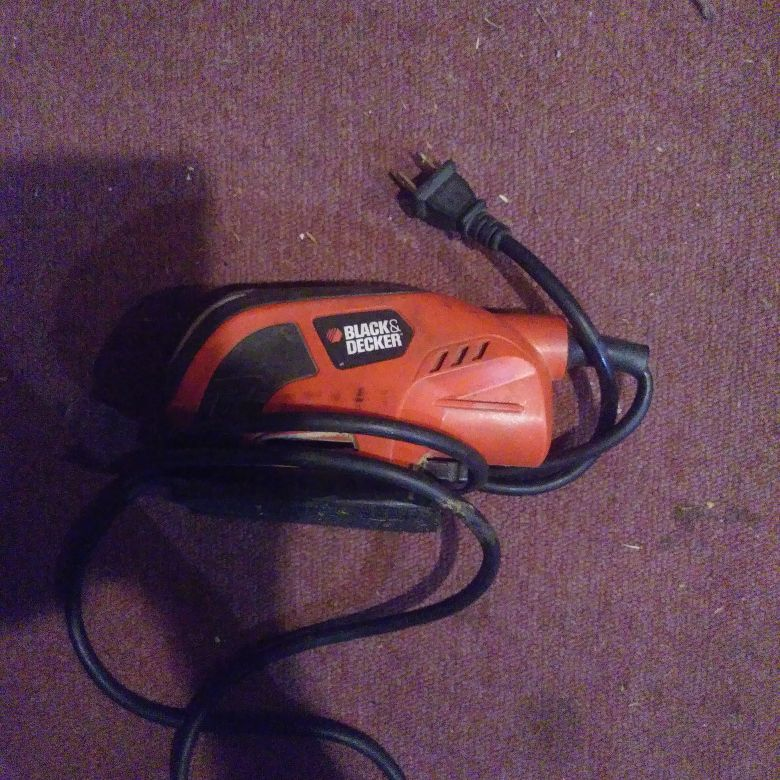 Black an decker sander