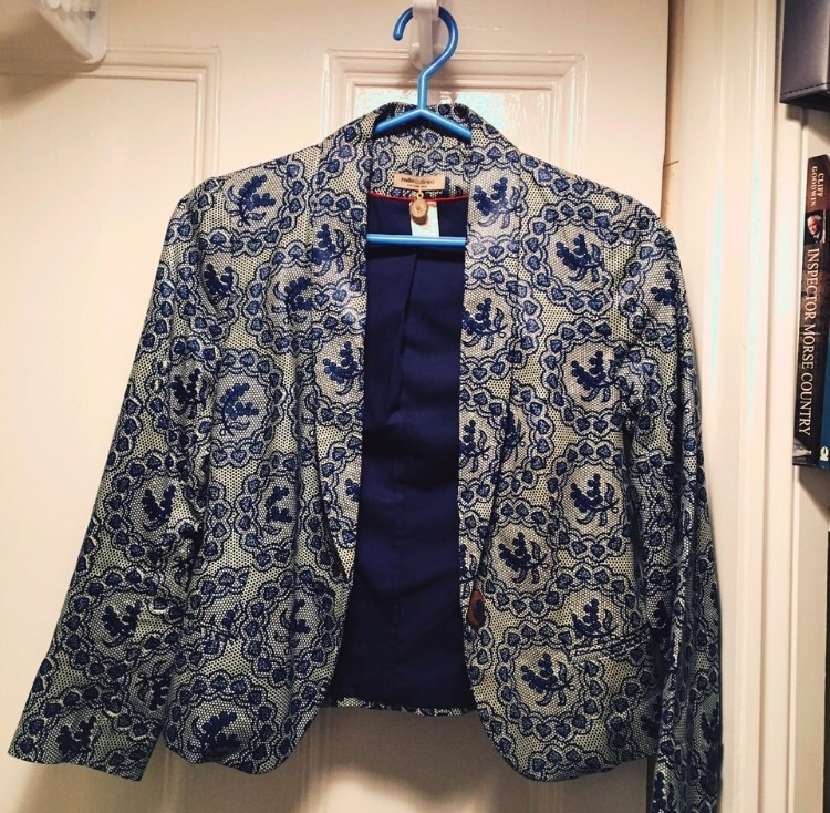 Cute blue floral cotton jacket size 8