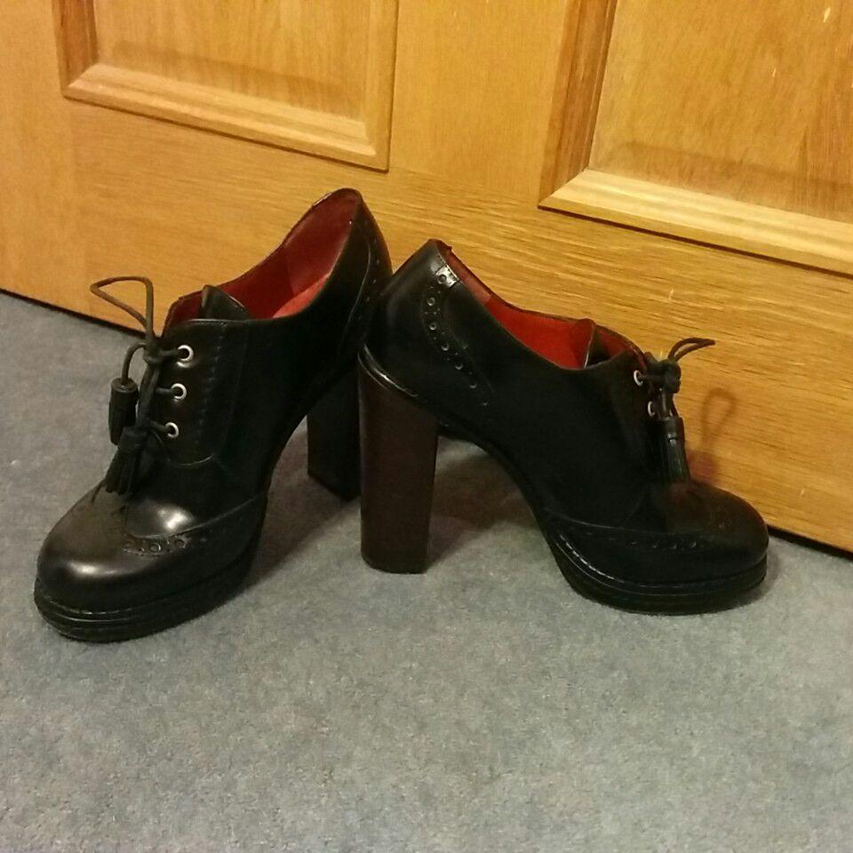 Marc Jacobs platform heels sz 36.5