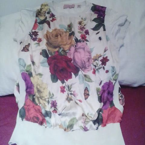 Ladies Ted Baker t-shirt.