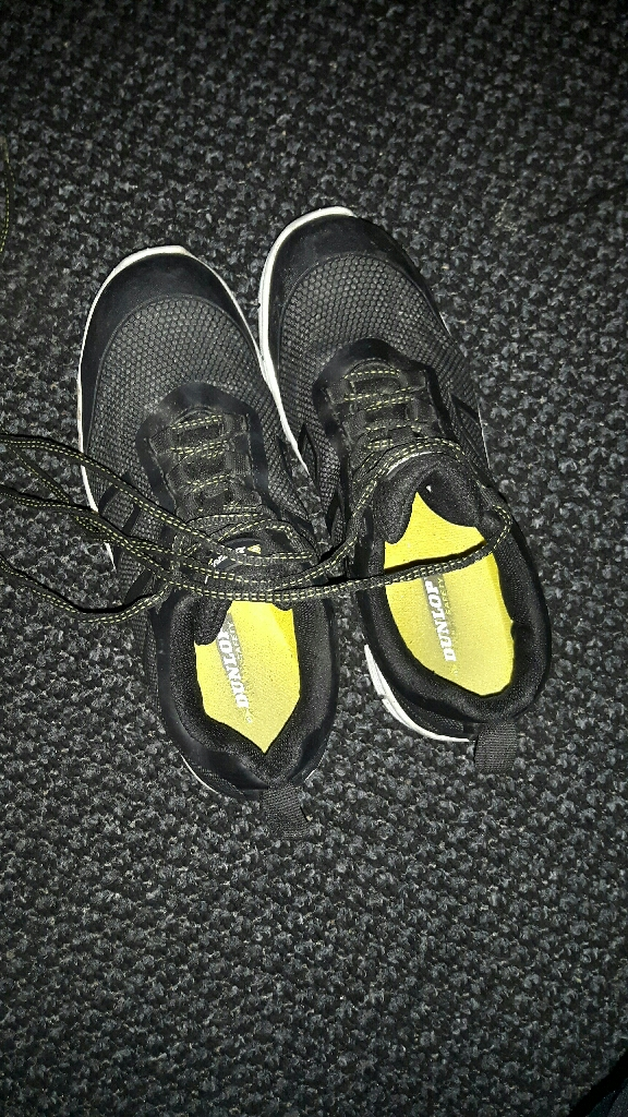Safety shoes dunlop 7