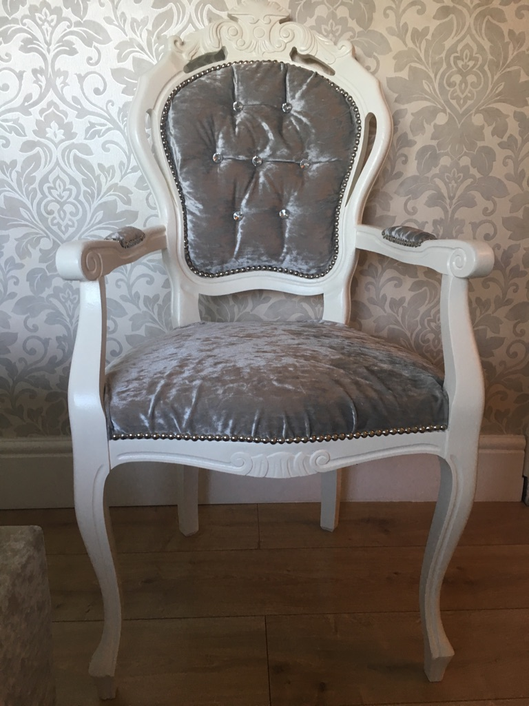 French Louis Crushed velvet carver diamond buttoned Chair