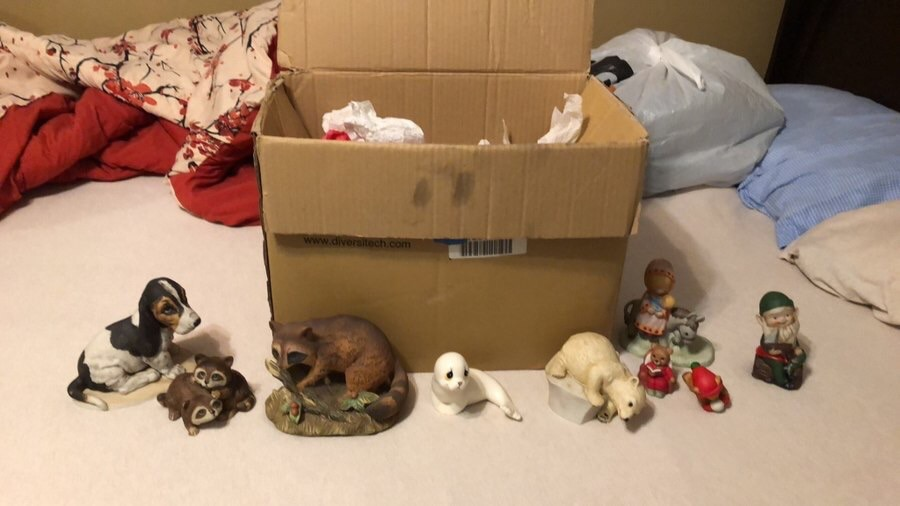 Box of porcelain figurines