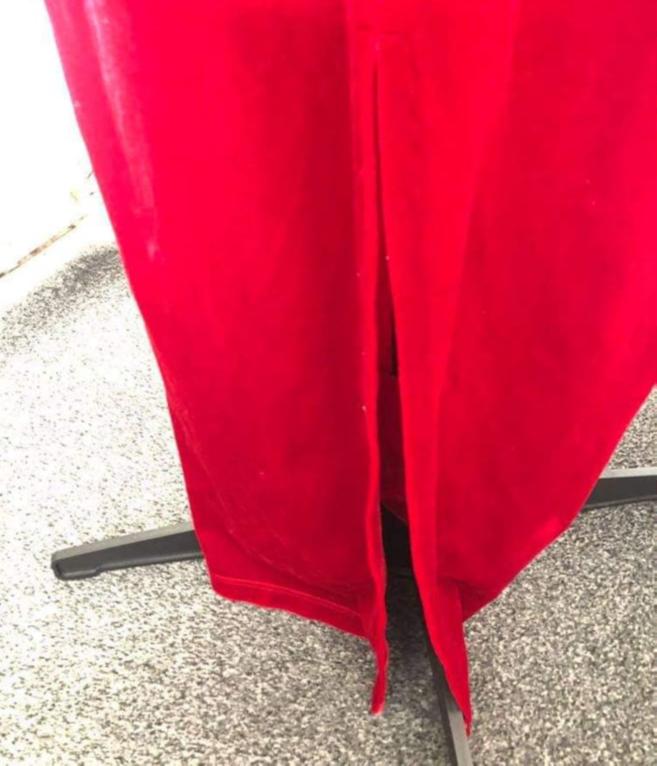 Debenhams Woman's 100% Polyester Long Red Velvet Stretchy Night Dress Size 12