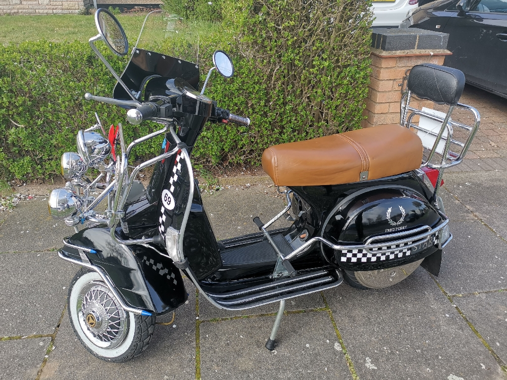 Lml star deluxe scooter