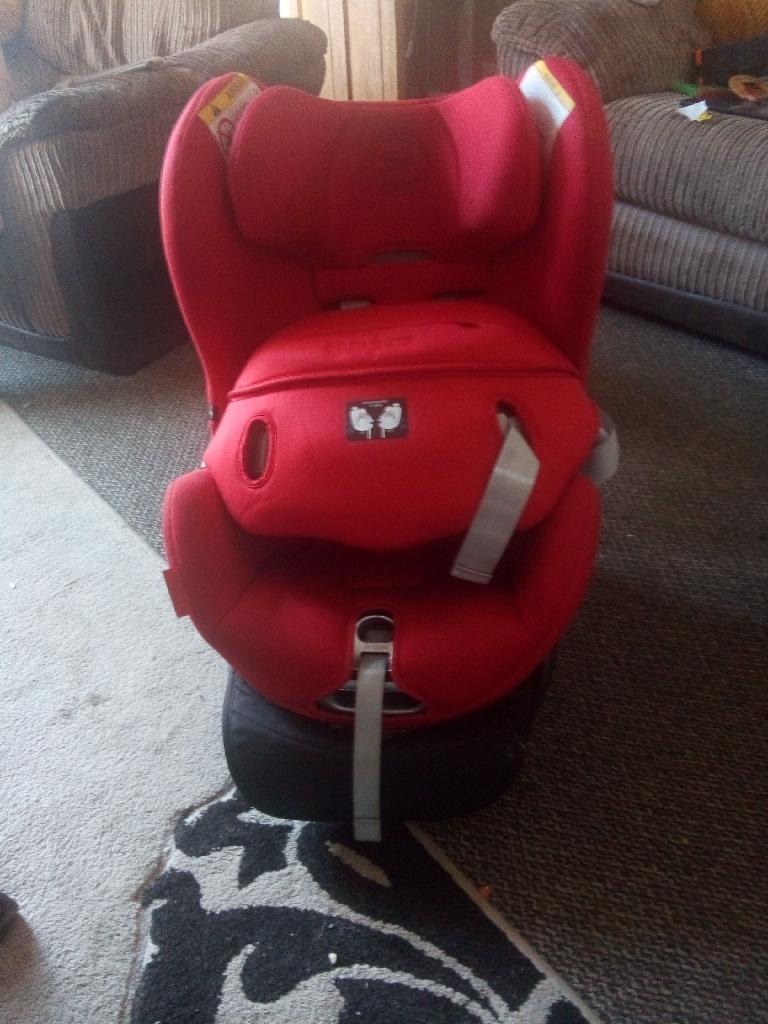 Cybex sirona car seat and base