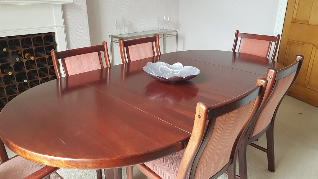 Mahogany Extending Dining Table with chairs