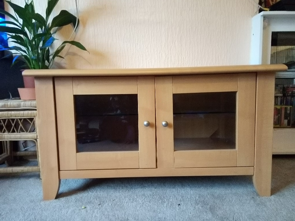 Solid wooden TV stand