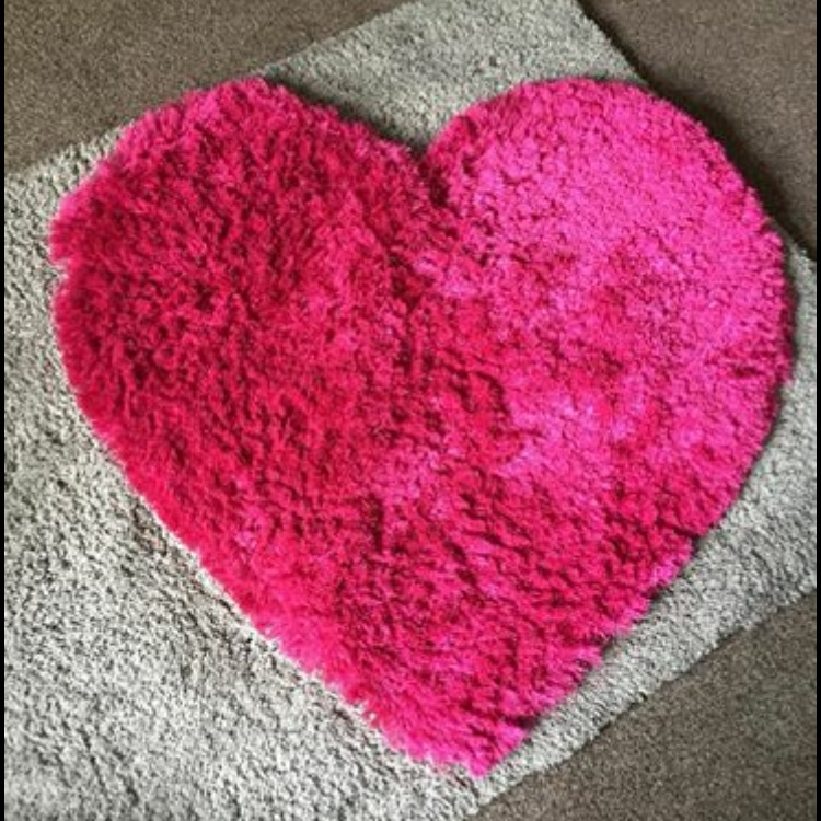 Kids bedroom heart pink rug