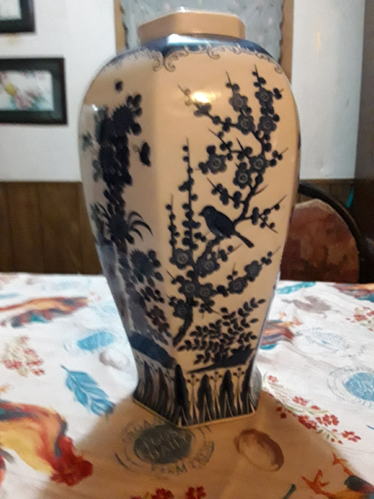 Flow  blue Japanese  Vase