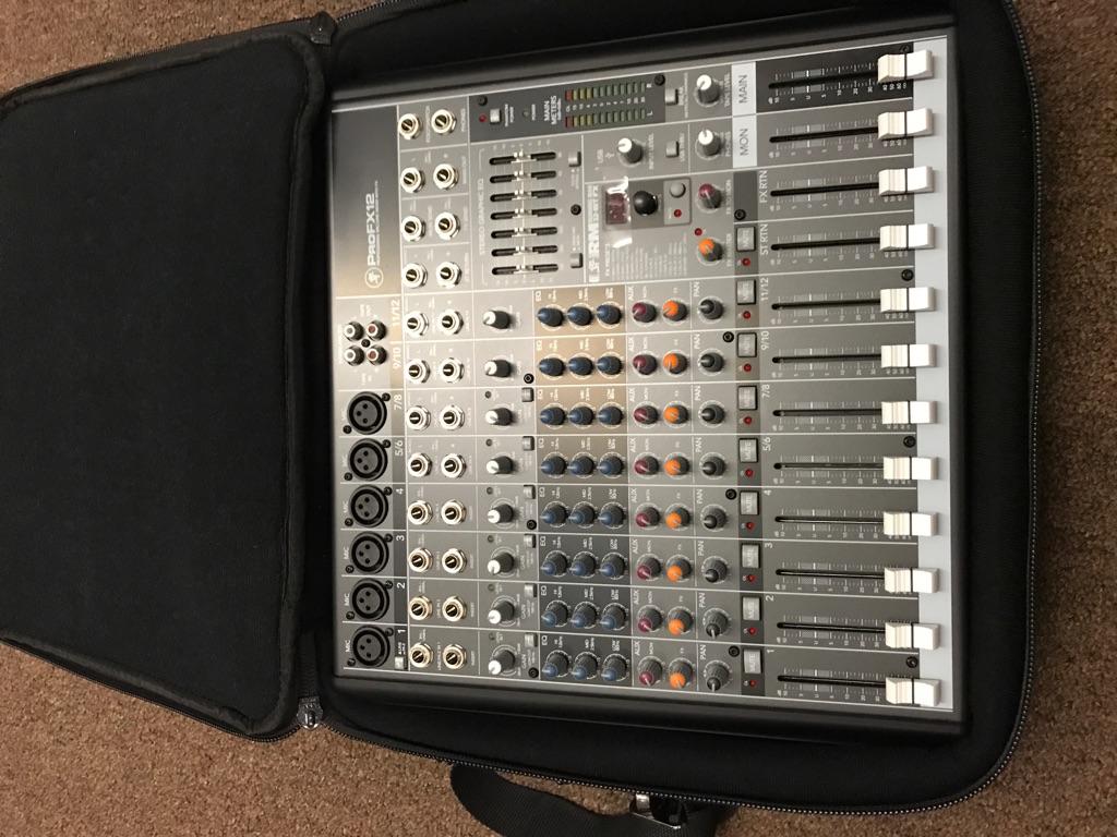 Mackie Pro FX12 W/Carry Case