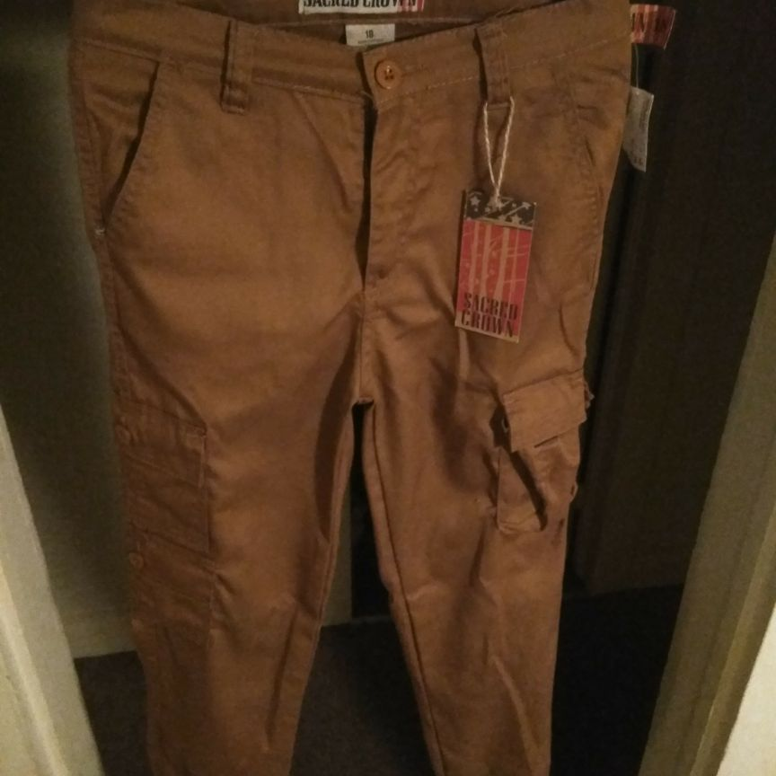 Tan cargo pants size 18
