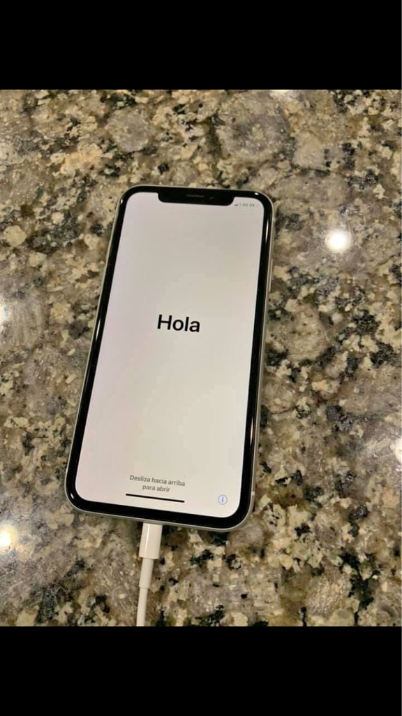 Iphone XR White (Unlocked)