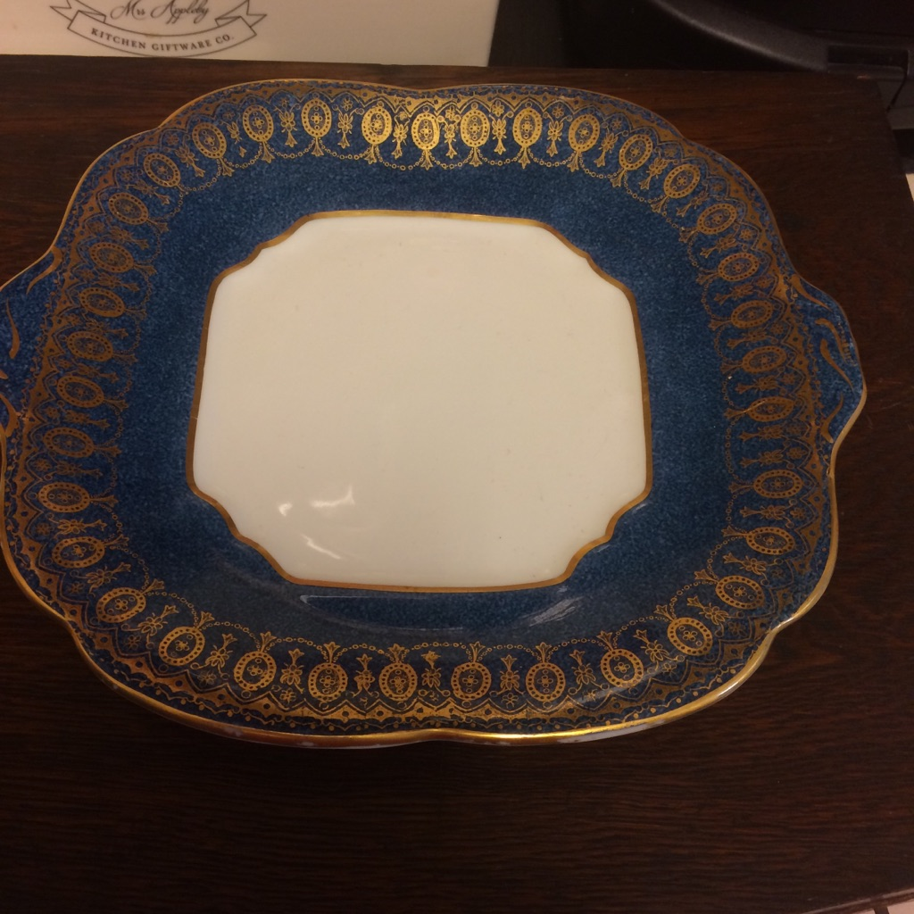 Antique Dealers wanted Large Coffee Tea and Dinner service