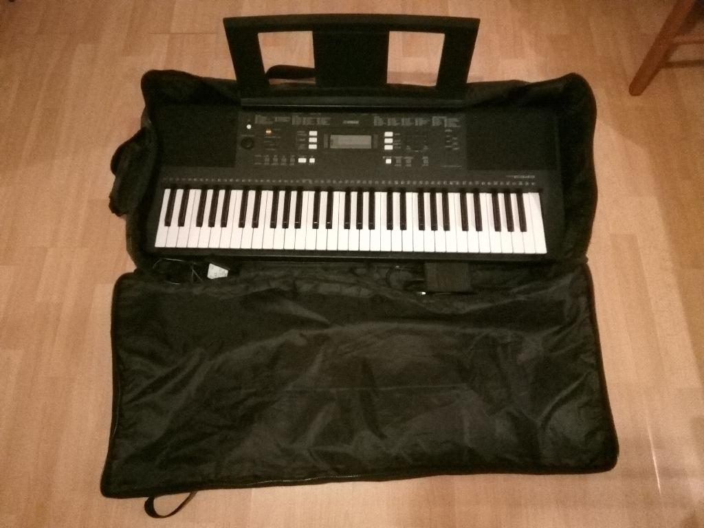 Yamaha piano keyboard PSR E343
