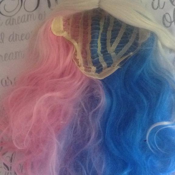 Harley Quinn wig