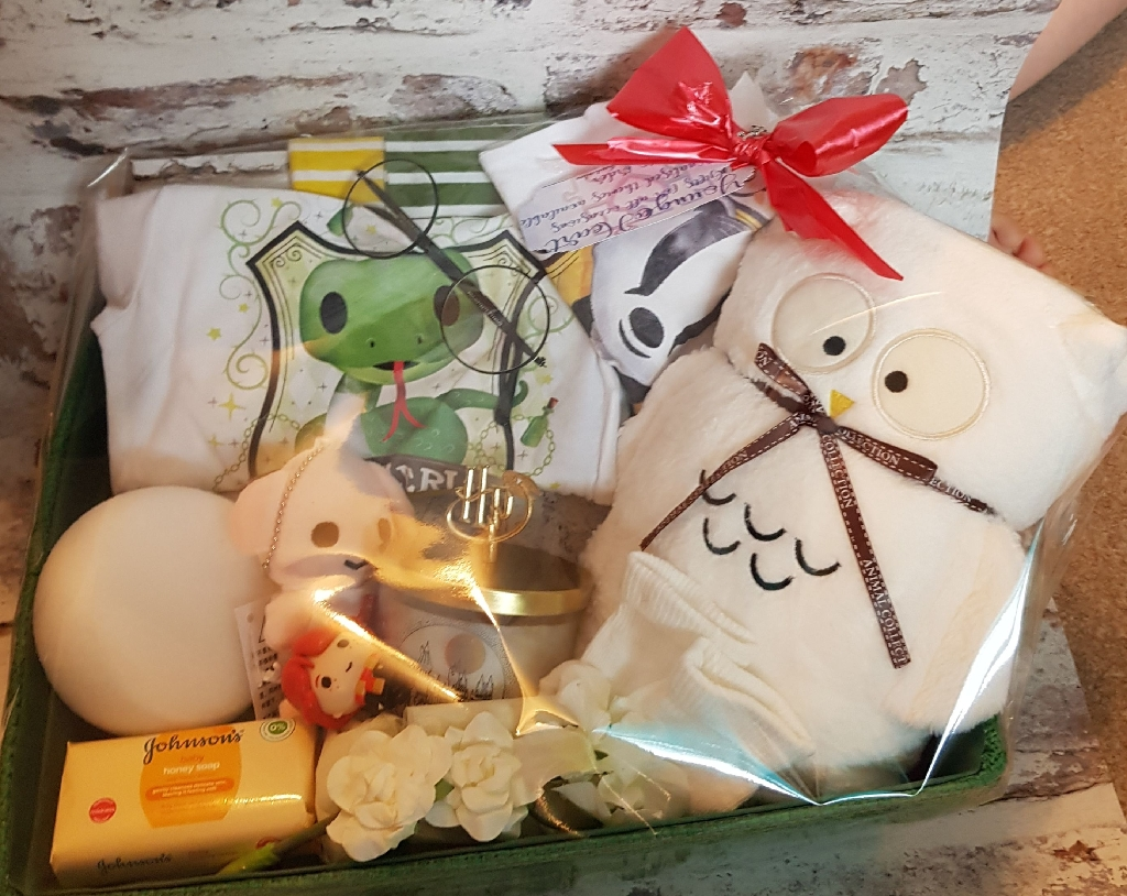 Harry Potter baby hamper