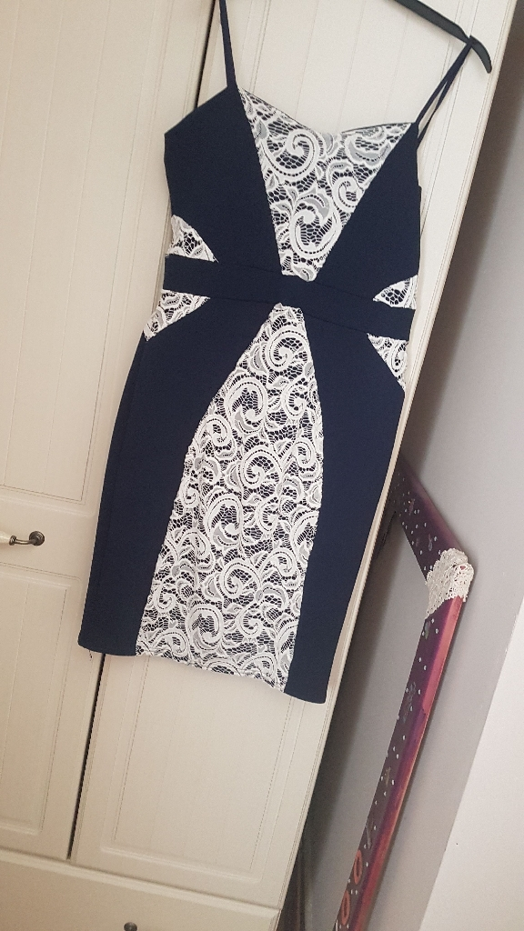 blue and white quiz body com dress,purple lacy dress with v neck at back,red lacy dress all size 16, i,d say small 16