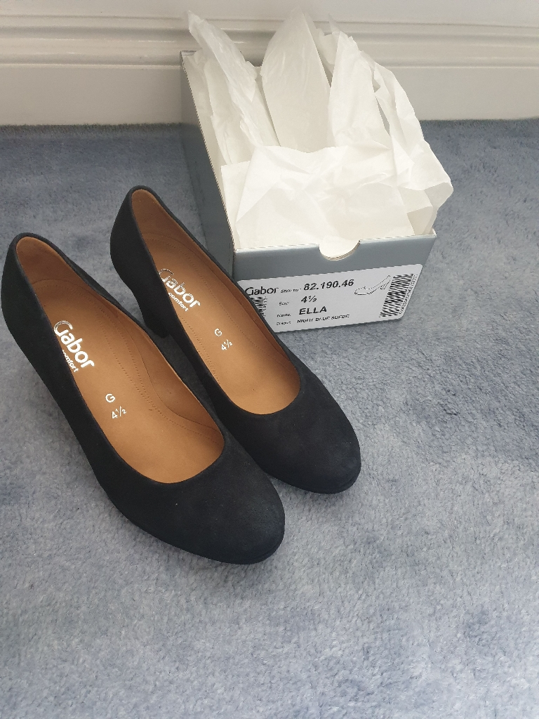 Ladies Navy Court Shoes Size 4.5