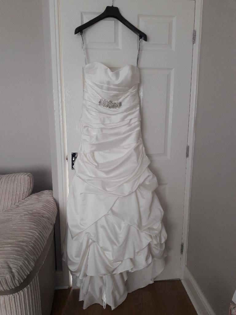 Alfred Angelo white wedding dress