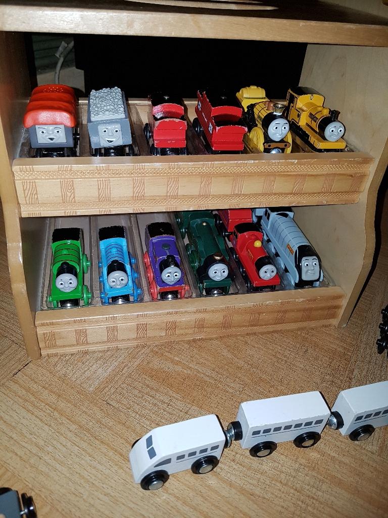 Thomas brio trains