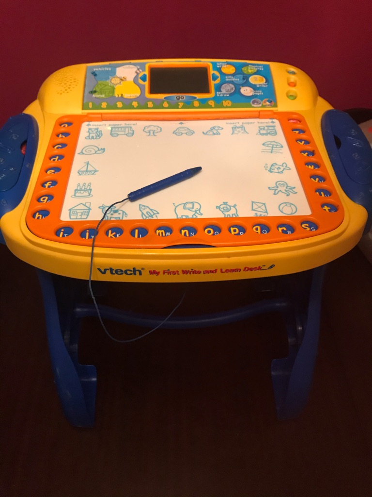 Fantastic Children's V-TECH ELECTRONIC MY FiRST WRITE AND LEARN DESK