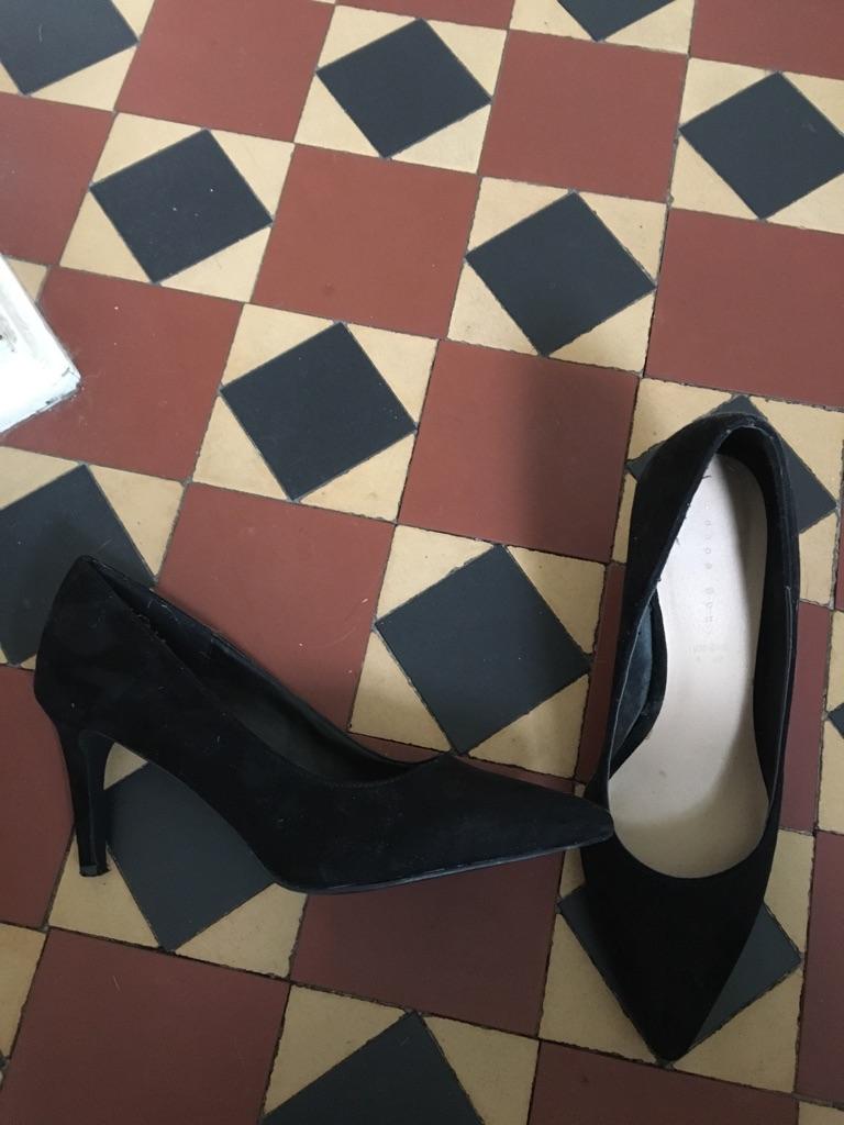 Women's Black Suede Stiletto Shoes