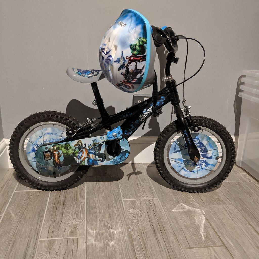 Boys marvel bike 4years +