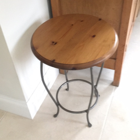 Ducal wooden table