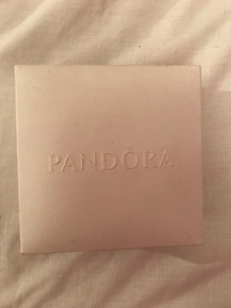 PANDORA LOVE KNOT EARRINGS NEVER WORN INCLS PACKAGING