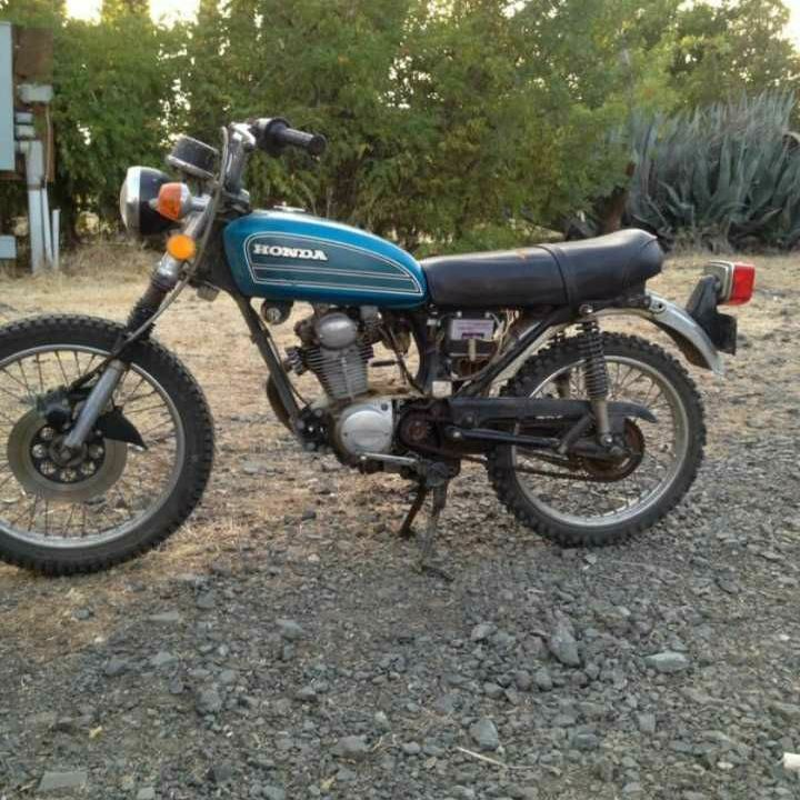 MUST GO TODAY 350$$(VINTAGE) 1973 Honda 125cb enduro