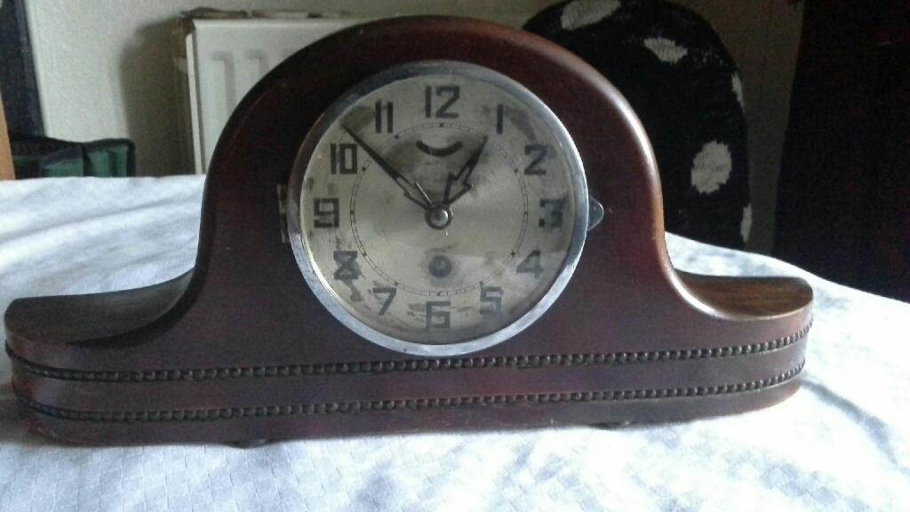OLD MANTEL PENDULUM CLOCK