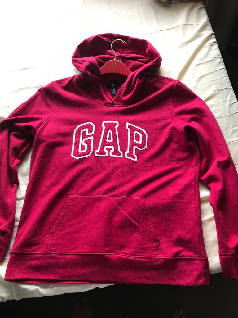 Ladies gap size M