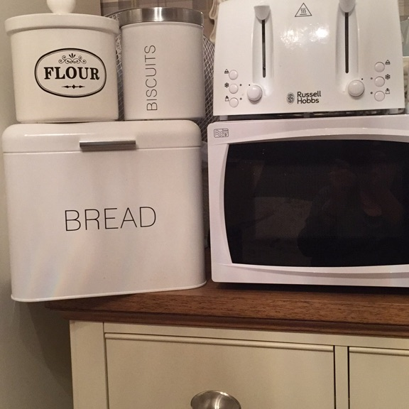 Microwave toaster and kettle set with added accessories