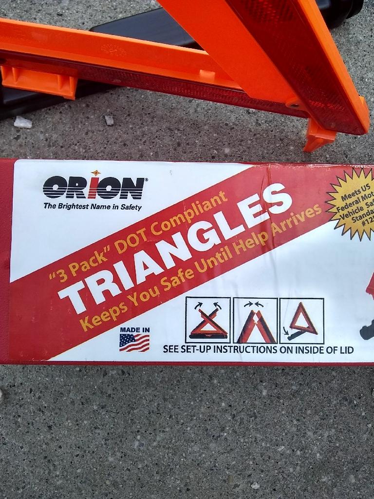 Emergency safety triangles
