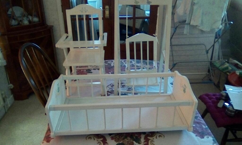 Dolls cradle set