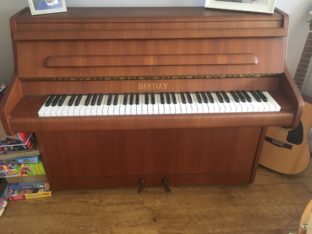 Piano Bentley Apollo