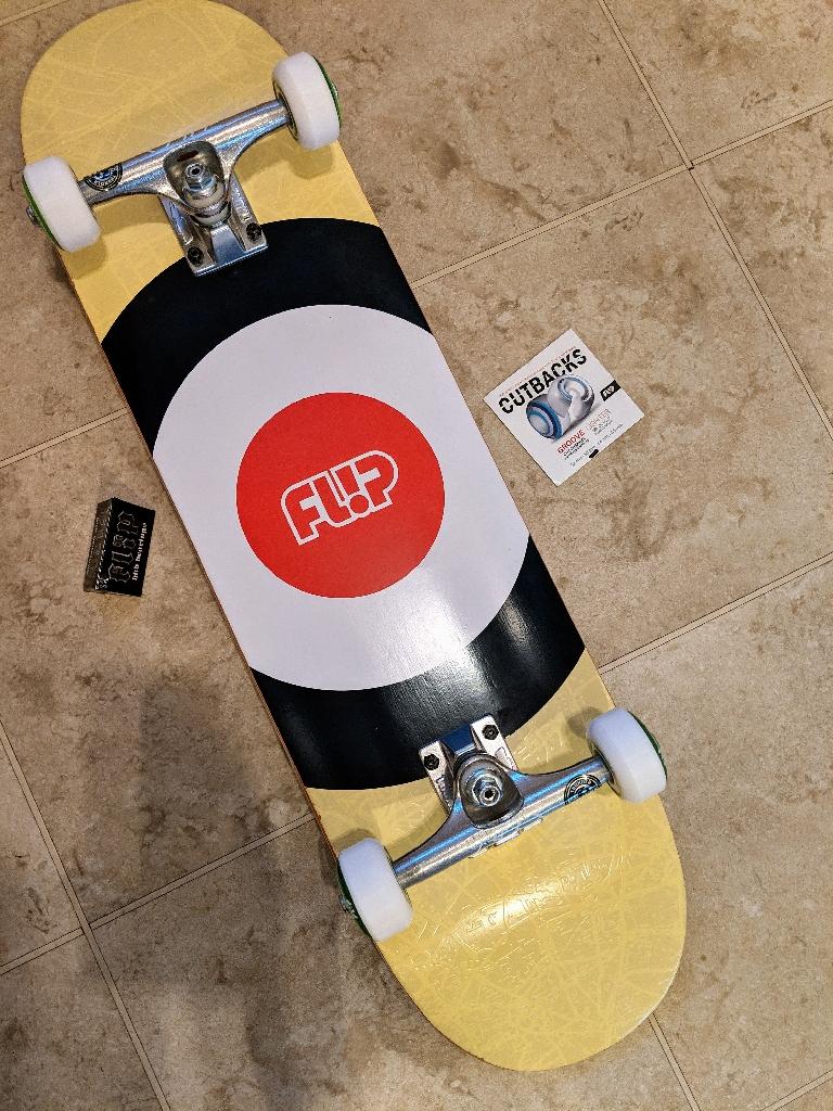 Flip Skateboards Full Set up