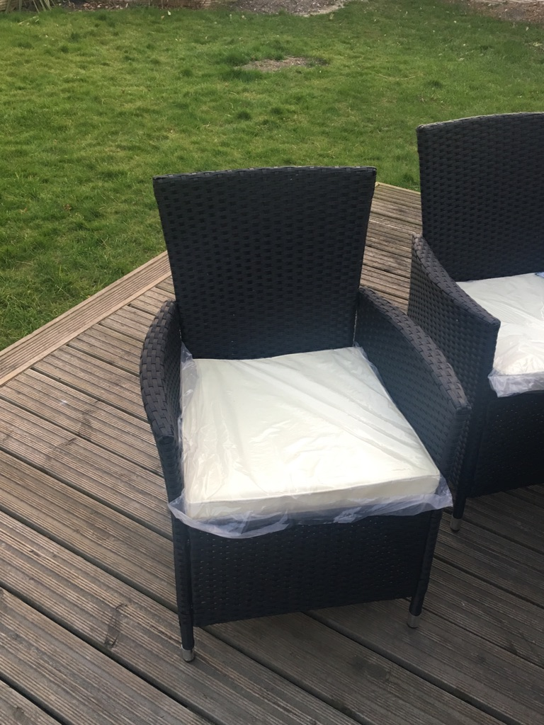 Rattern garden table and chairs