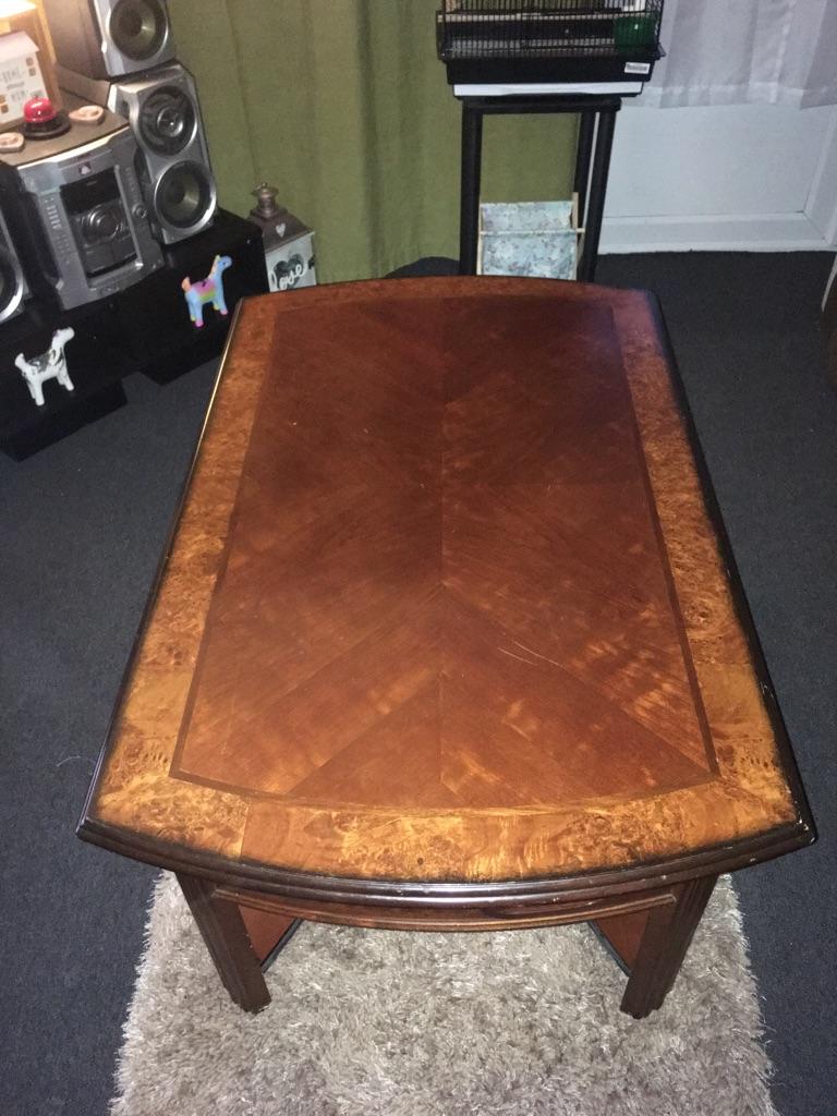 Coffee table / football table