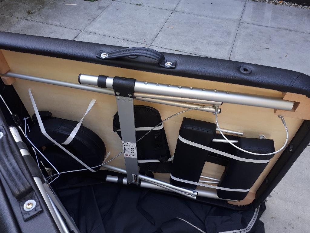 Sunflower portable massage table