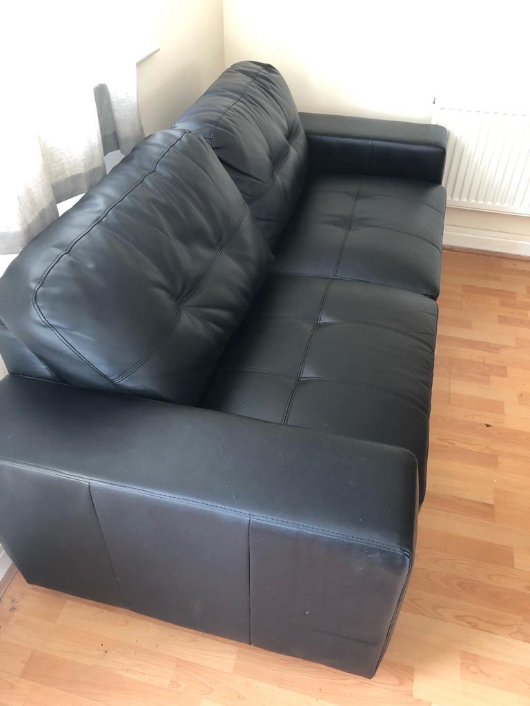 2 seats black sofa chair