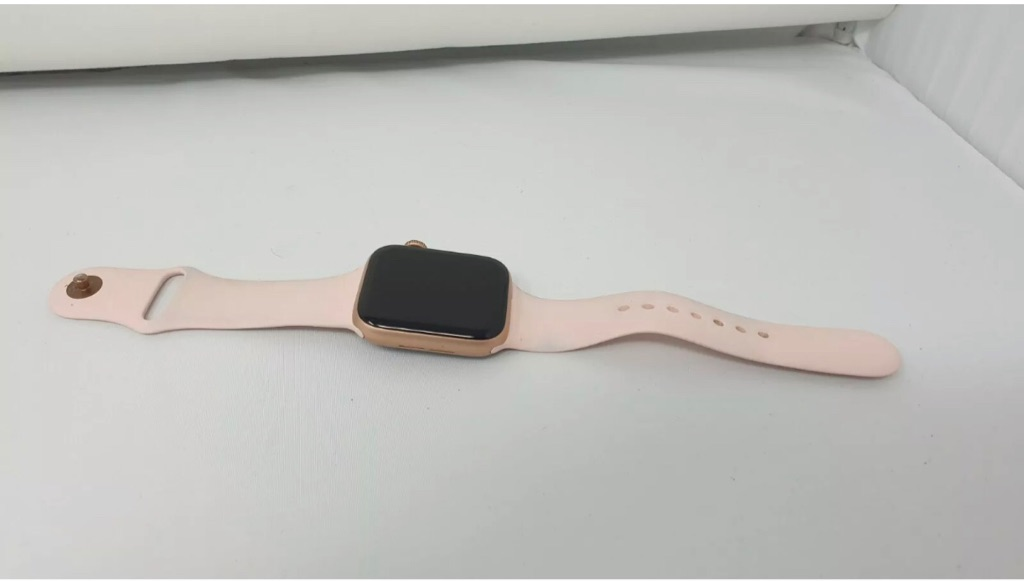 Apple watch series 4 44mm Gold Aluminium case with pink sand sport band (GPS)