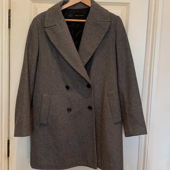 ZARA coat - 57% wool - size L