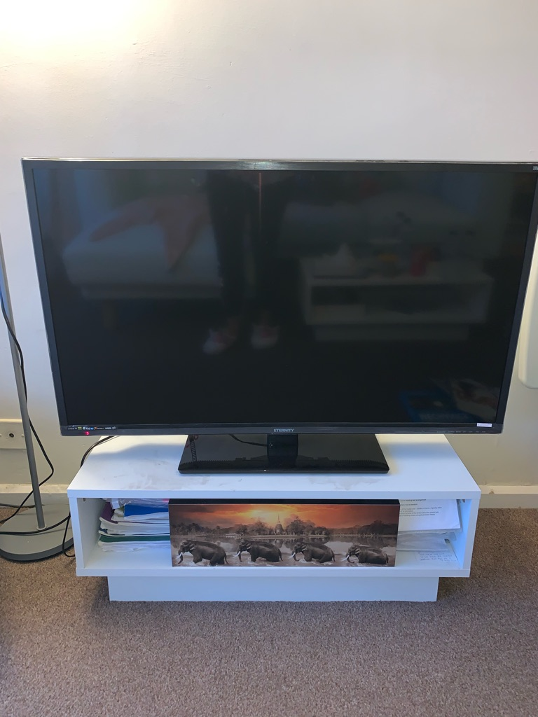 40 LED TV