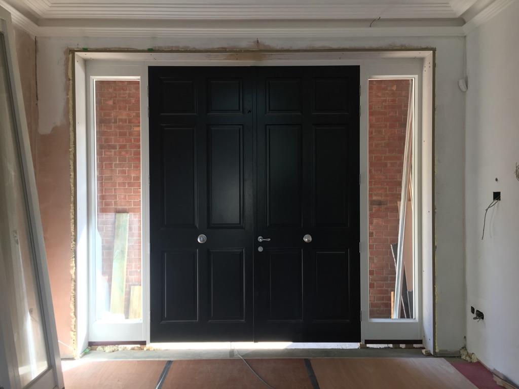 Entrance Open in Door