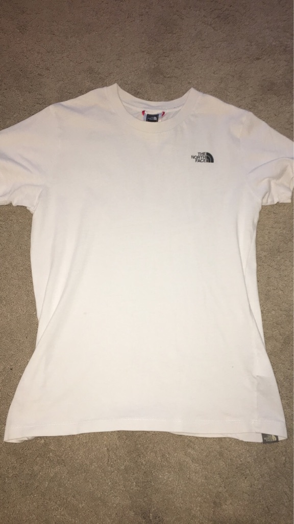 Boys North Face t- shirt