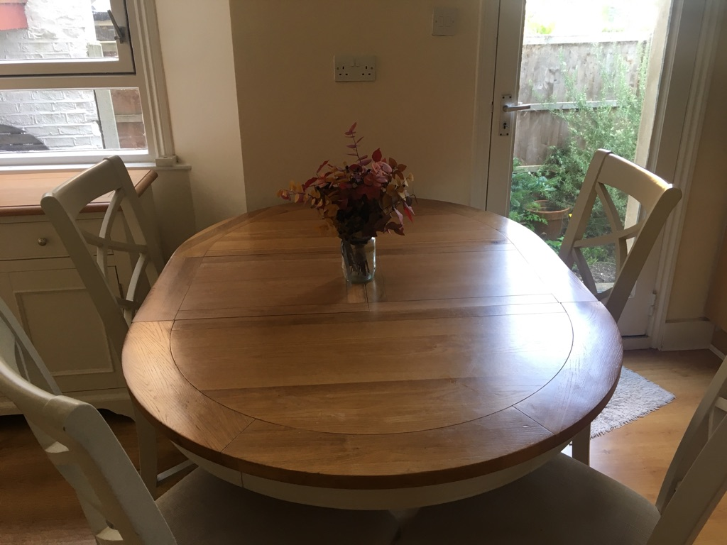 Solid Oak Top Extendable Dining Table