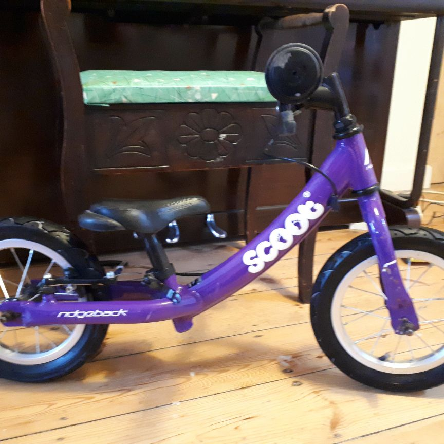 Purple Ridgeback Scoot balance bike